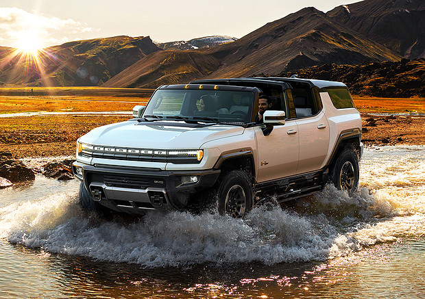 GMC Suv Hummer EV, dopo pick-up ecco il super-fuoristrada © GMC Press